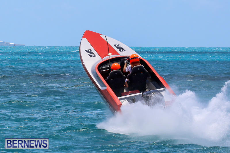 Powerboat-Racing-Bermuda-June-28-2015-20