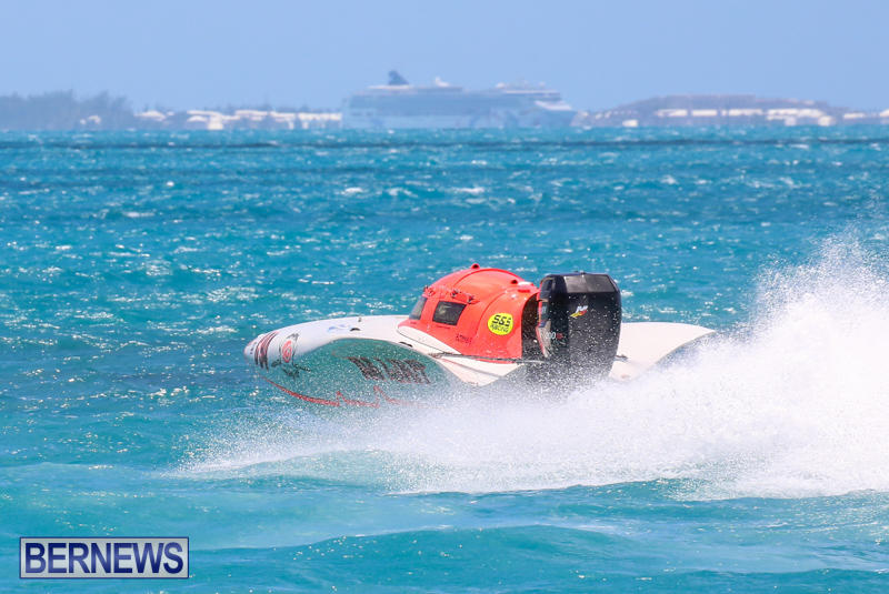 Powerboat-Racing-Bermuda-June-28-2015-26