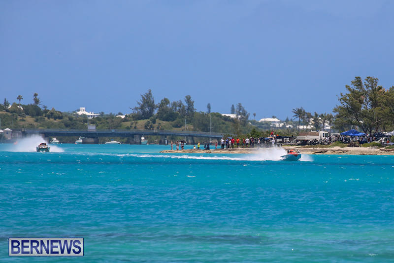 Powerboat-Racing-Bermuda-June-28-2015-31