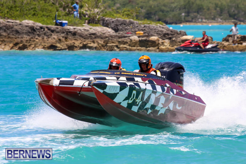 Powerboat-Racing-Bermuda-June-28-2015-37