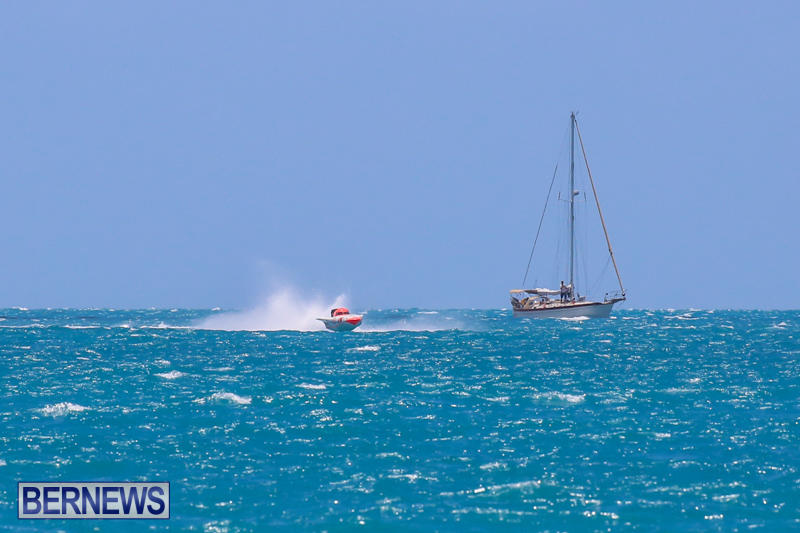 Powerboat-Racing-Bermuda-June-28-2015-39