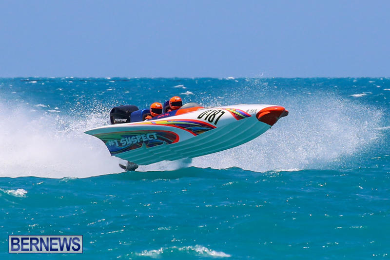 Powerboat-Racing-Bermuda-June-28-2015-40