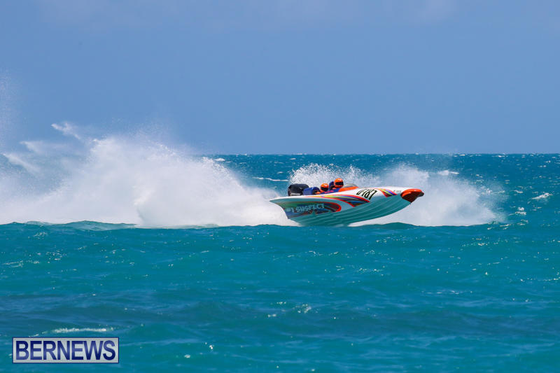 Powerboat-Racing-Bermuda-June-28-2015-41