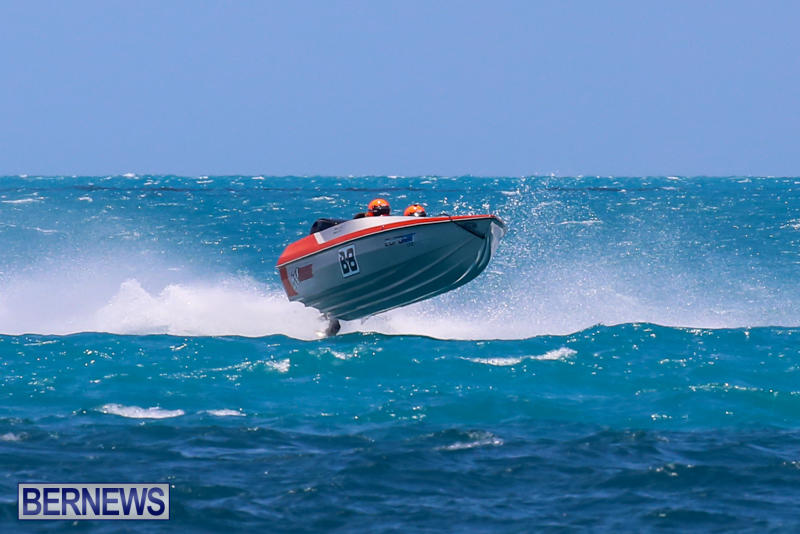 Powerboat-Racing-Bermuda-June-28-2015-50