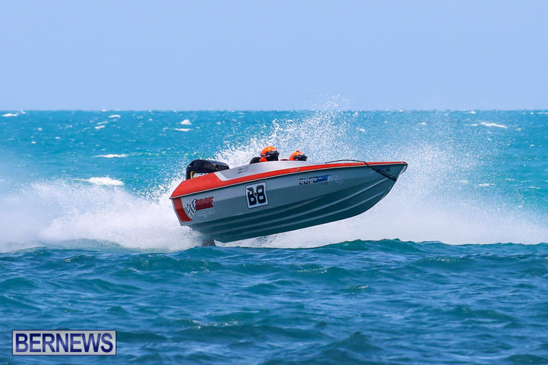 Powerboat-Racing-Bermuda-June-28-2015-51