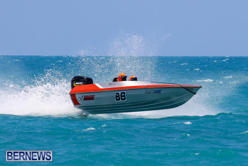 Powerboat-Racing-Bermuda-June-28-2015-53