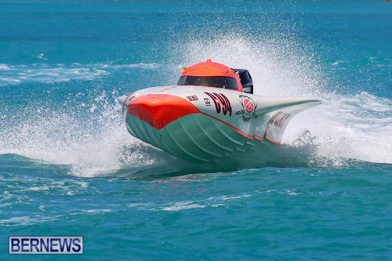 Powerboat-Racing-Bermuda-June-28-2015-61