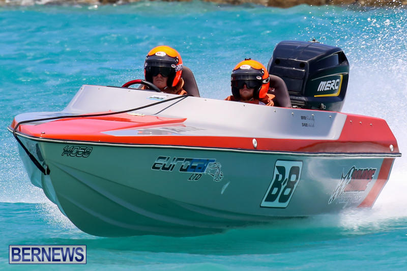 Powerboat-Racing-Bermuda-June-28-2015-65