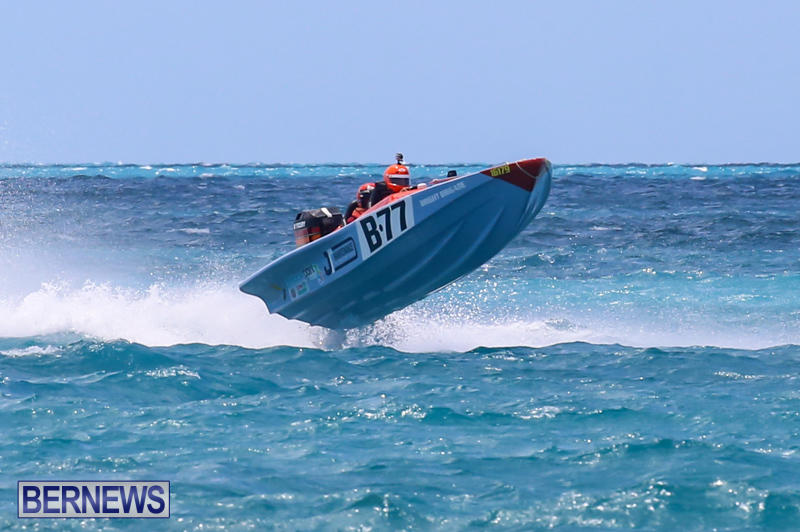 Powerboat-Racing-Bermuda-June-28-2015-71