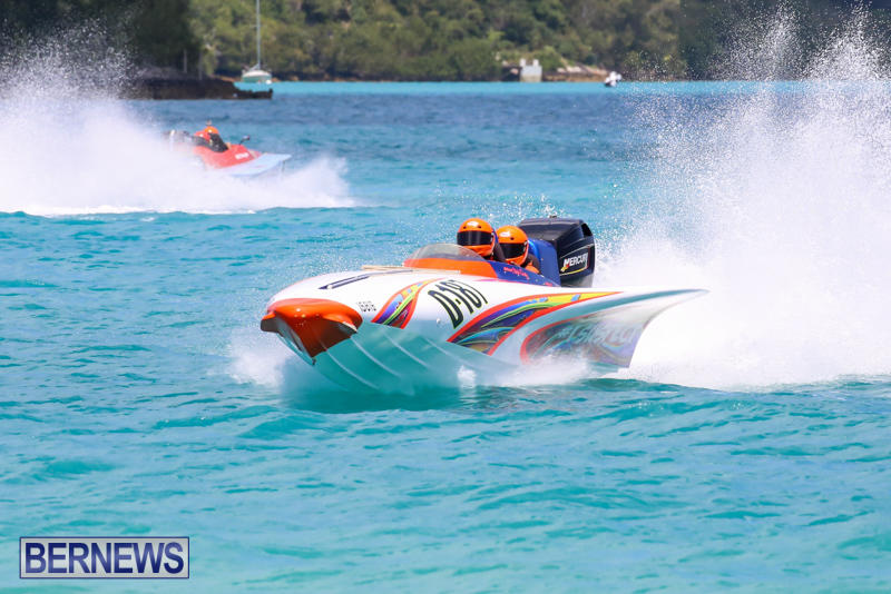 Powerboat-Racing-Bermuda-June-28-2015-74
