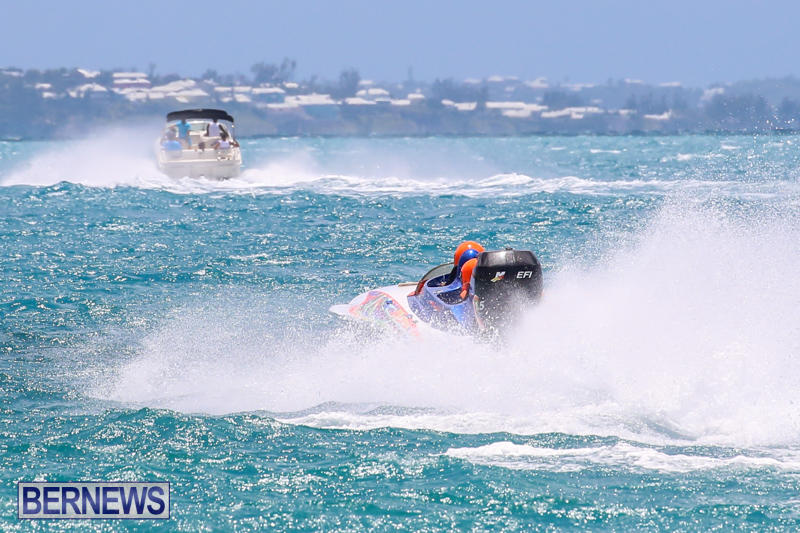 Powerboat-Racing-Bermuda-June-28-2015-77