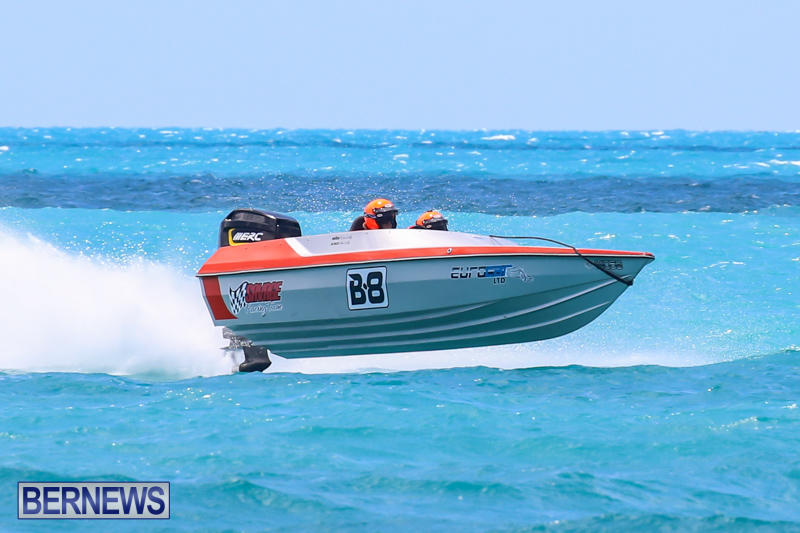 Powerboat-Racing-Bermuda-June-28-2015-81