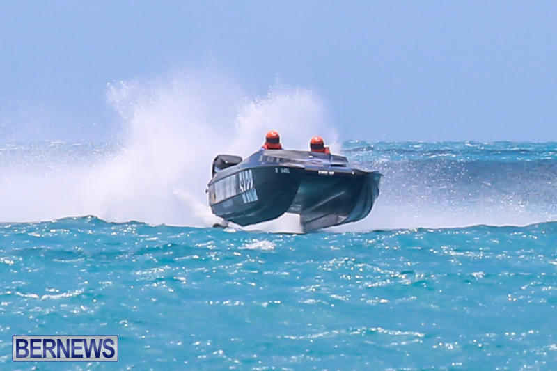Powerboat-Racing-Bermuda-June-28-2015-87