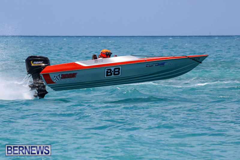 Powerboat-Racing-Bermuda-June-28-2015-9