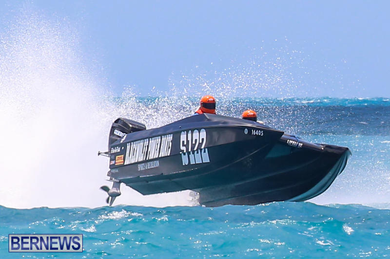 Powerboat-Racing-Bermuda-June-28-2015-90