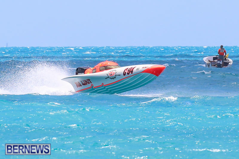 Powerboat-Racing-Bermuda-June-28-2015-94