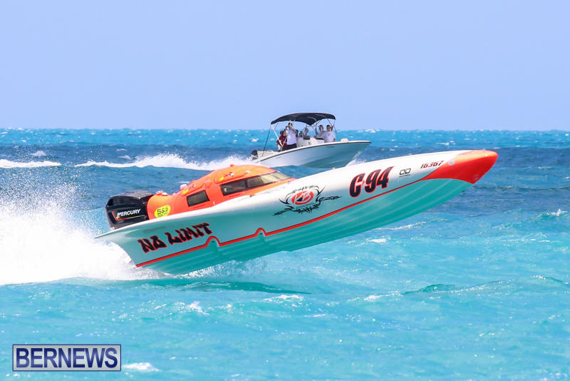 Powerboat-Racing-Bermuda-June-28-2015-96