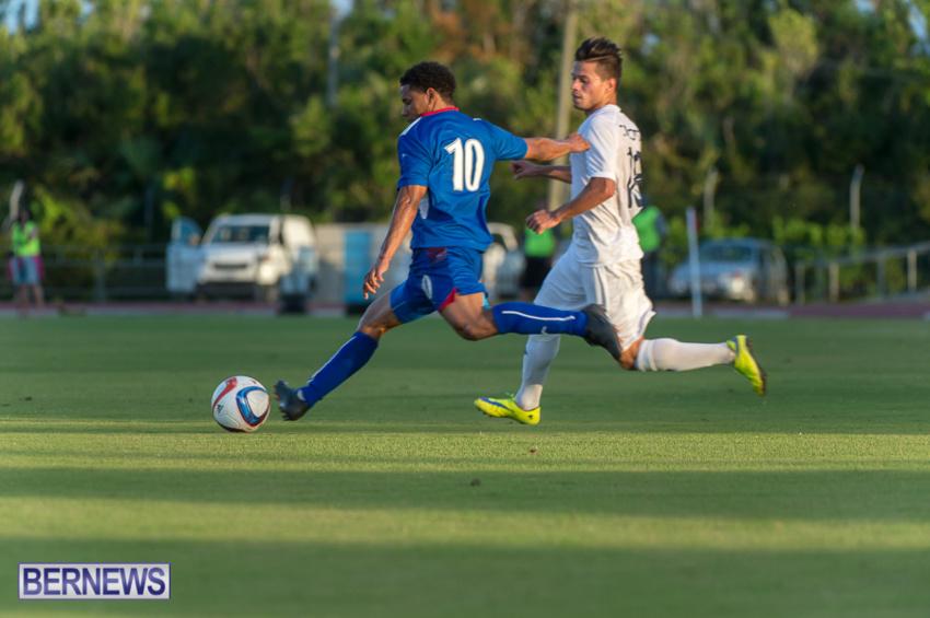 jm-bermuda-guatamala-football-20