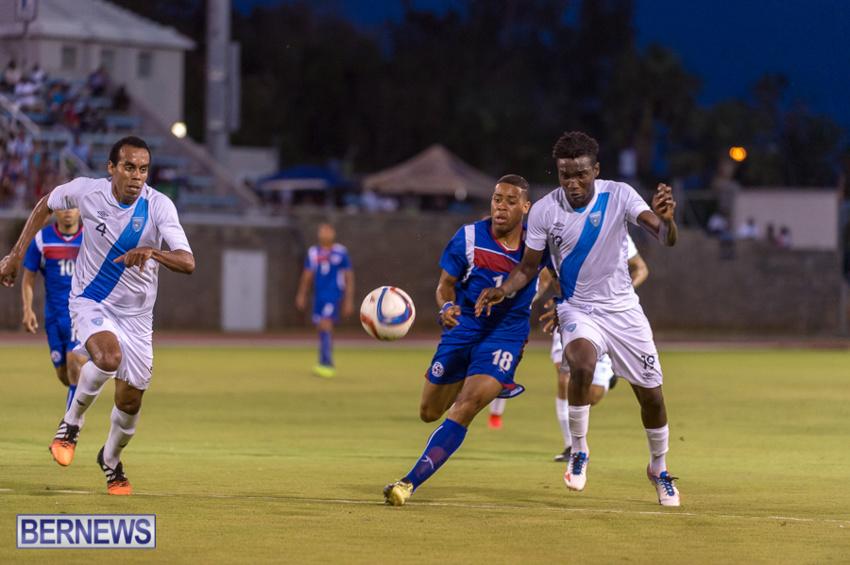 jm-bermuda-guatamala-football-41