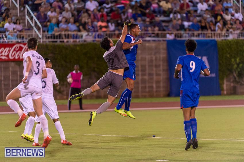 jm-bermuda-guatamala-football-47