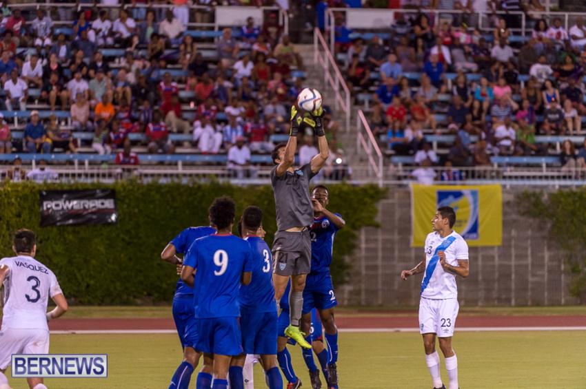 jm-bermuda-guatamala-football-52