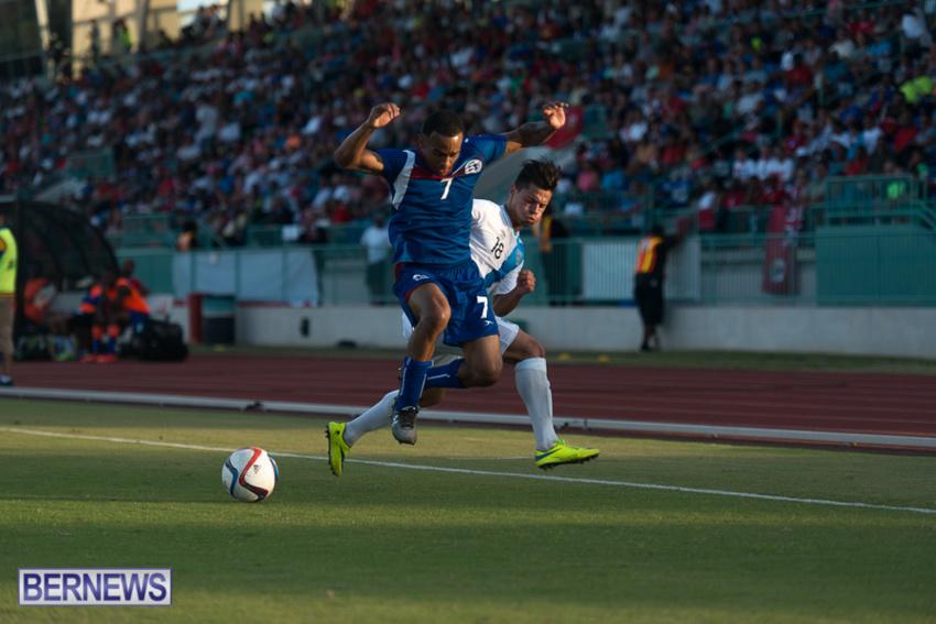 jm-bermuda-guatamala-football-68
