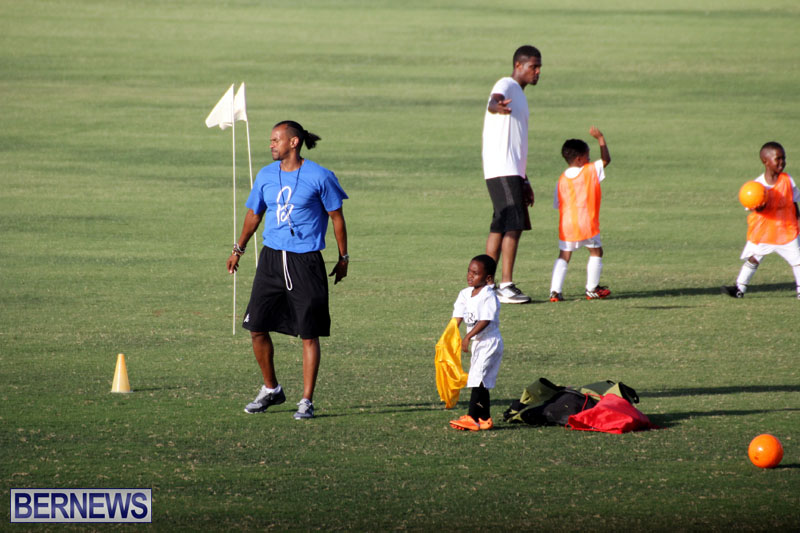 140-Youth-Footballers-Attend-Soccer-Clinic-July-9-2015-1