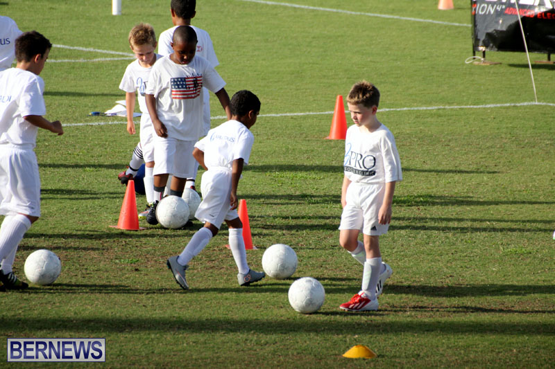 140-Youth-Footballers-Attend-Soccer-Clinic-July-9-2015-16