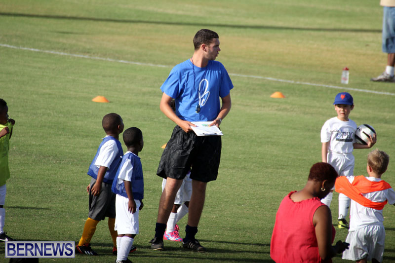 140-Youth-Footballers-Attend-Soccer-Clinic-July-9-2015-7