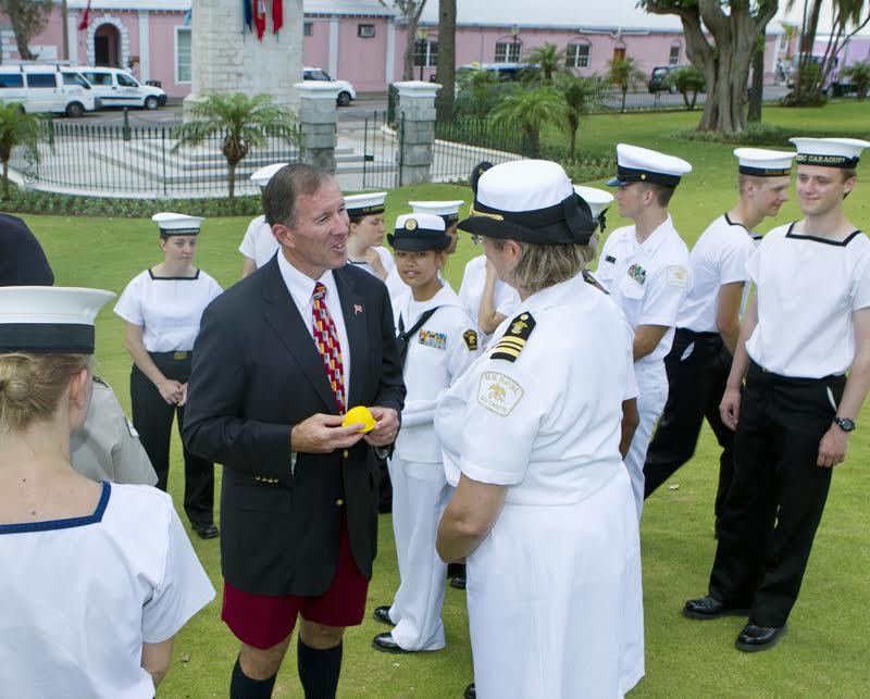 Premier Dunkley welcomed Bermuda's Sea Cadets (3)