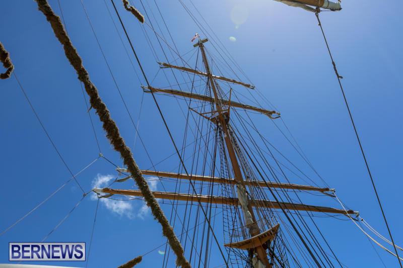 US-Coast-Guard-Tall-Ship-Eagle-In-Bermuda-July-4-2015-34