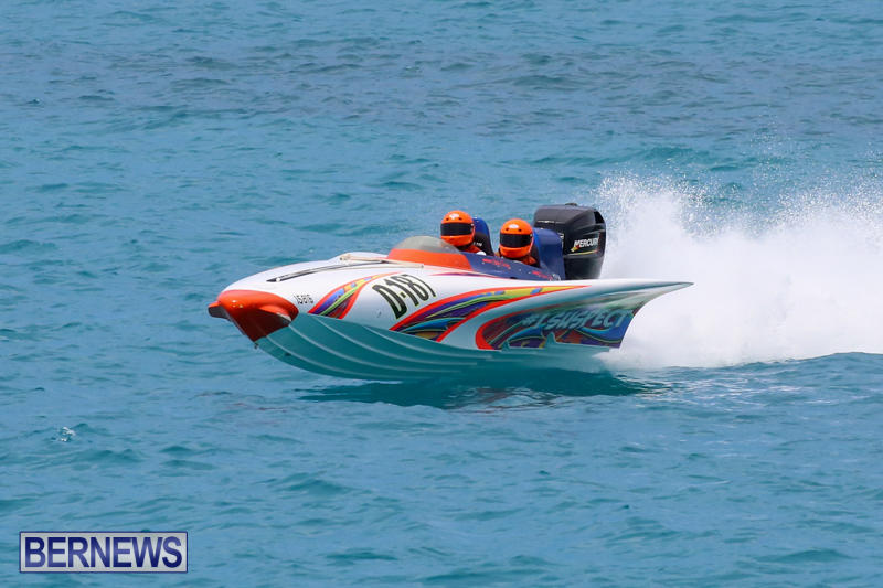Around-The-Island-Powerboat-Race-Bermuda-August-9-2015-100