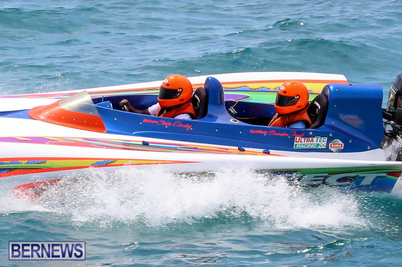Around-The-Island-Powerboat-Race-Bermuda-August-9-2015-103