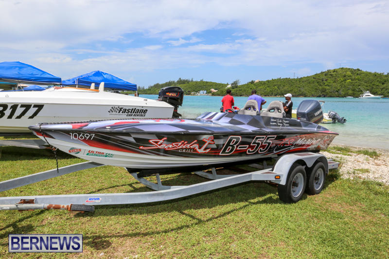 Around-The-Island-Powerboat-Race-Bermuda-August-9-2015-11