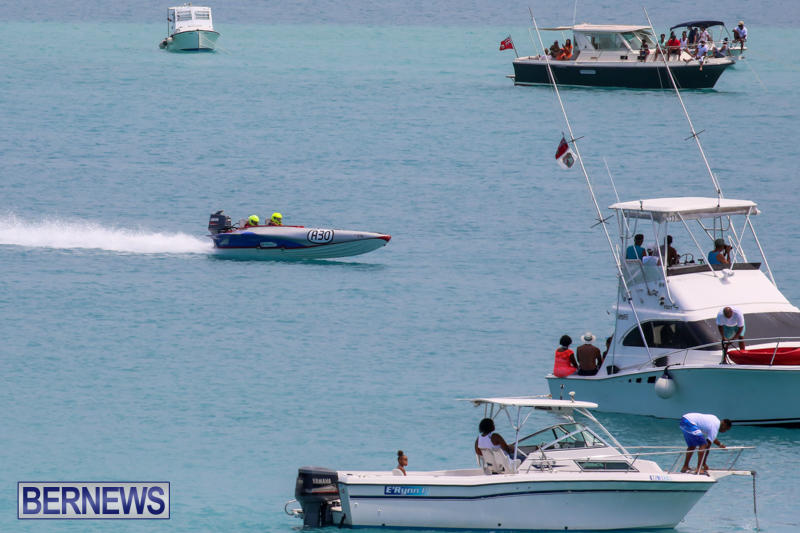 Around-The-Island-Powerboat-Race-Bermuda-August-9-2015-39