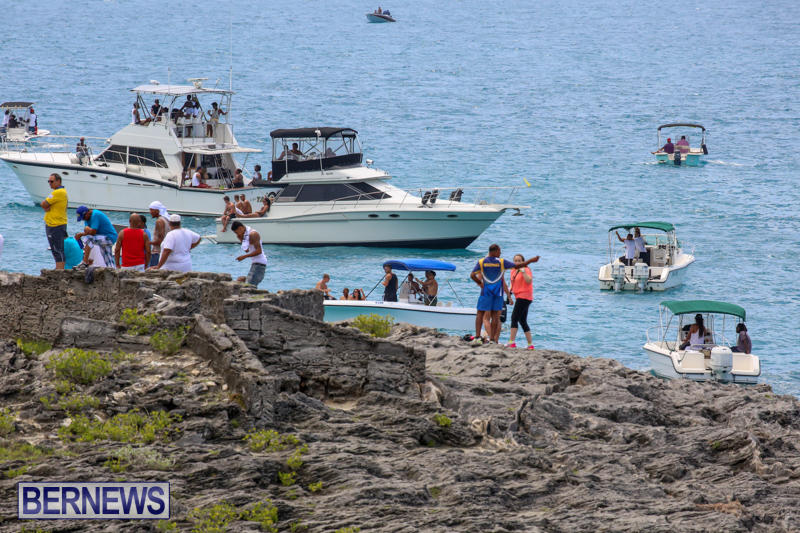 Around-The-Island-Powerboat-Race-Bermuda-August-9-2015-82