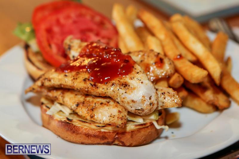 Best-Fish-Sandwich-Frog-Onion-Pub-Bermuda-August-2015-1