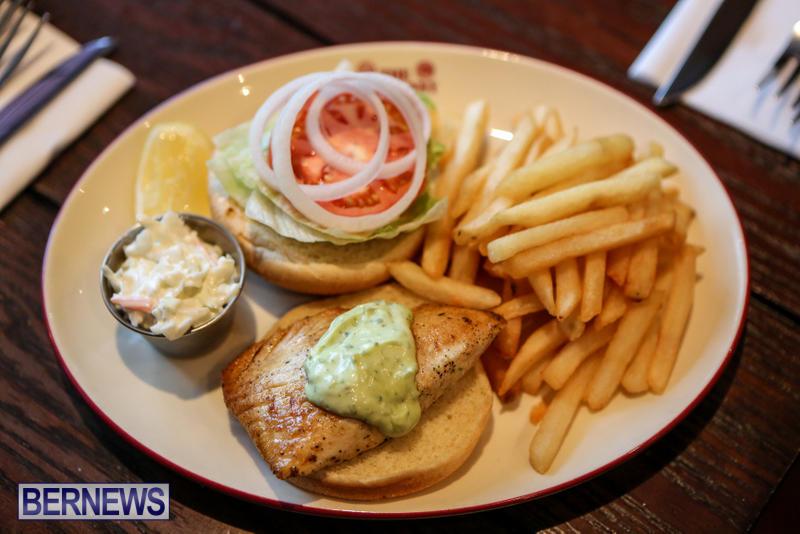Best-Fish-Sandwich-Hog-Penny-Bermuda-August-2015-2