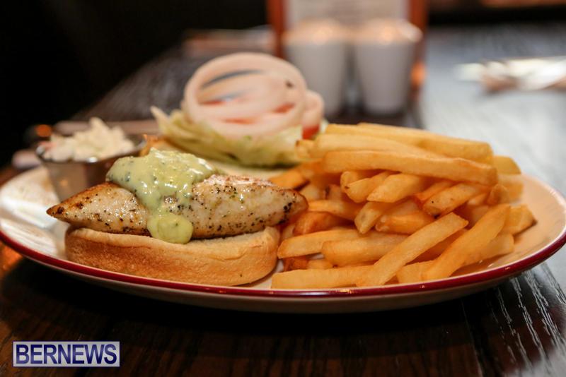 Best-Fish-Sandwich-Hog-Penny-Bermuda-August-2015-3