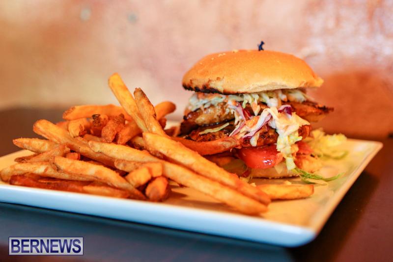 Best-Fish-Sandwich-Swizzle-Inn-Pub-Restaurant-Baileys-Bay-Bermuda-August-2015-1