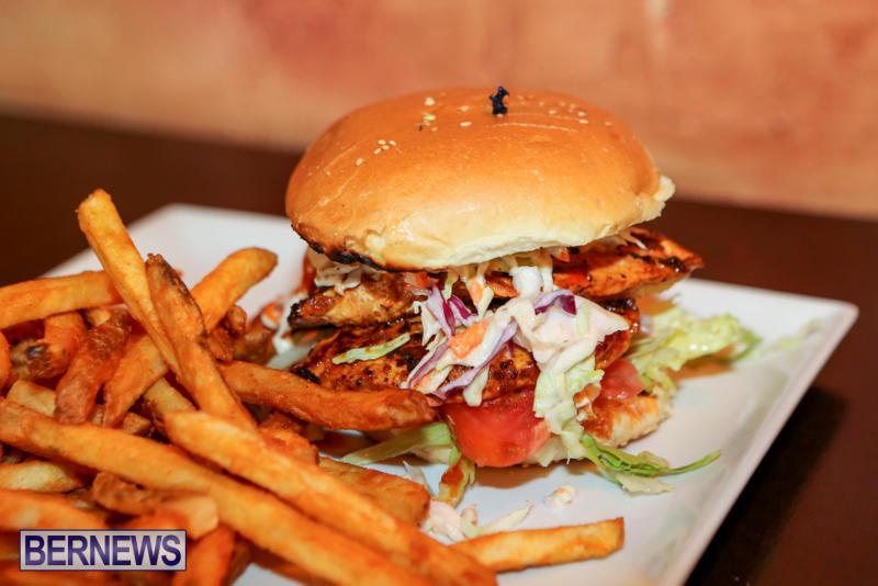 Best-Fish-Sandwich-Swizzle-Inn-Pub-Restaurant-Baileys-Bay-Bermuda-August-2015-2