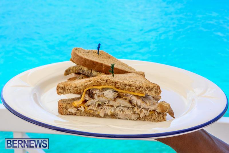 Best-Fish-Sandwich-The-Flame-Bermuda-August-2015-4
