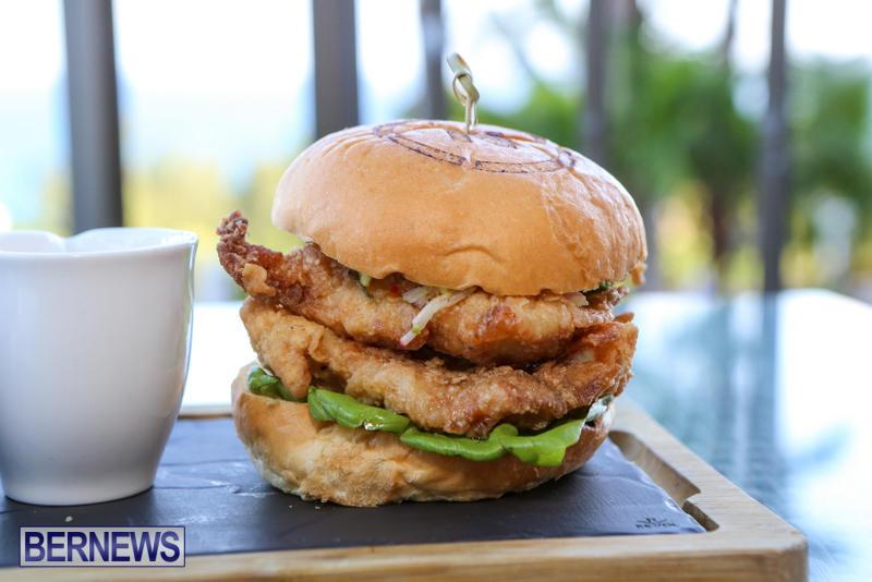 Best-Fish-Sandwich-The-Newport-a-Gastropub-Bermuda-August-2015-2