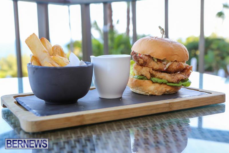 Best-Fish-Sandwich-The-Newport-a-Gastropub-Bermuda-August-2015-4