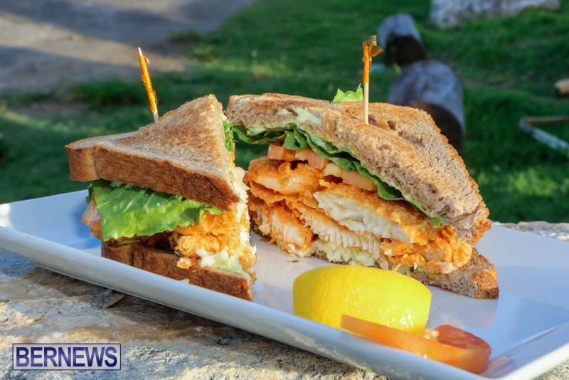 Best-Fish-Sandwich-Woodys-Restaurant-Bermuda-August-2015-4