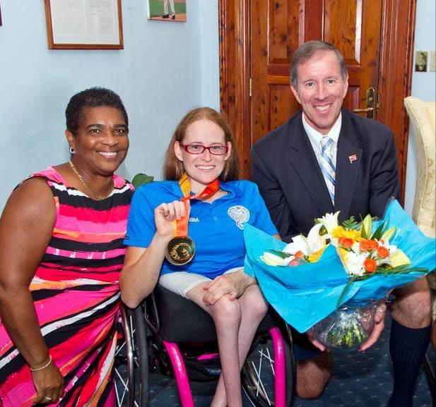 Jessica Lewis visits Cabinet Officer (2)