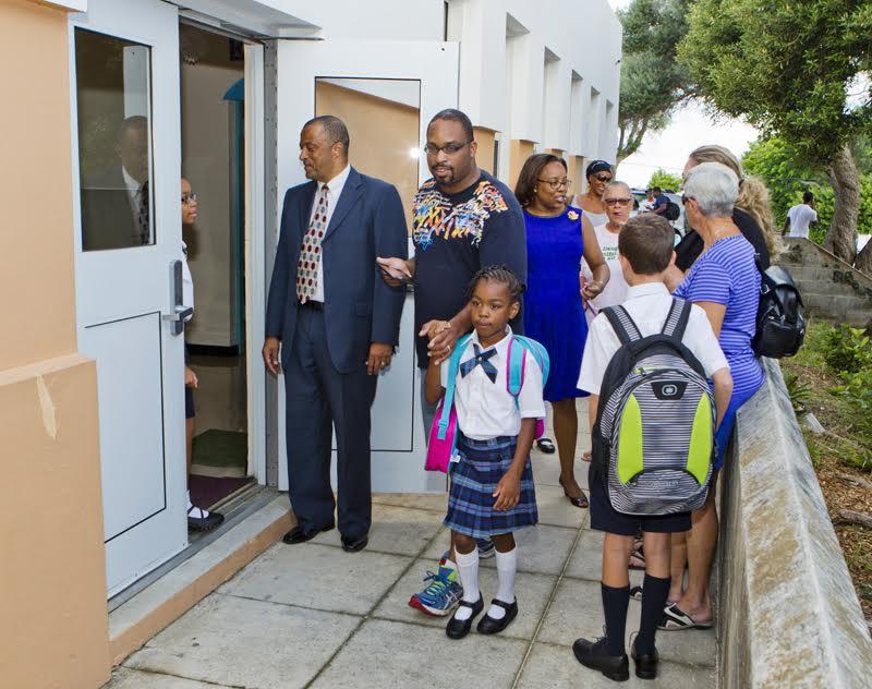 Bermuda-Back-to-school-2015-104