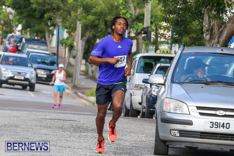 Chayce-Smith-Labour-Day-5-Mile-Race-Bermuda-September-7-2015-1