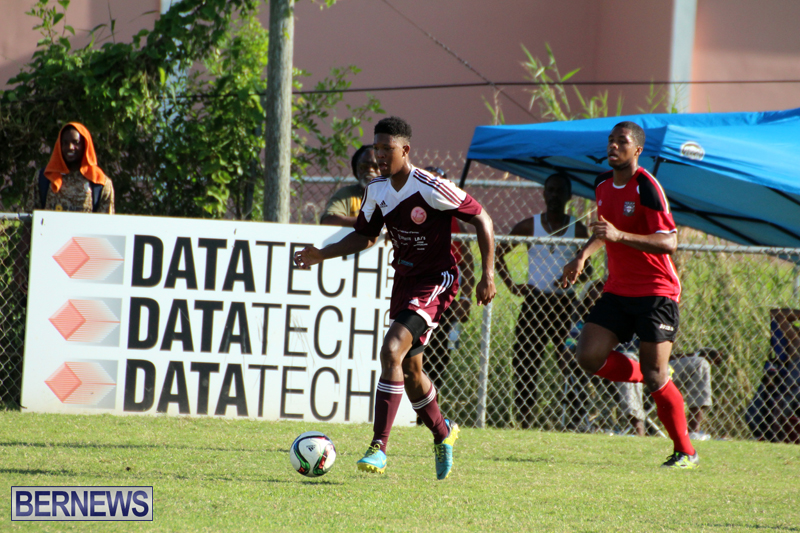 Dudley-Eve-football-Bermuda-September-2015-18