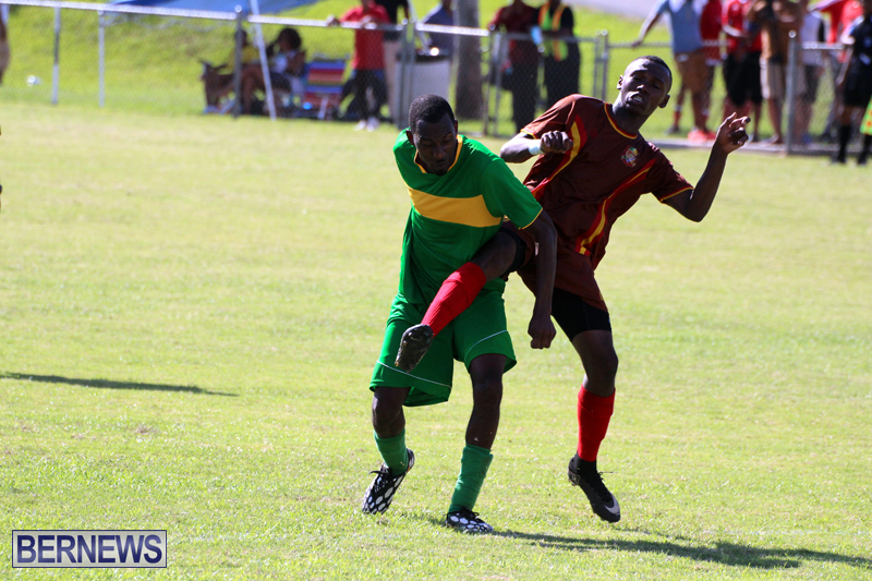 Dudley-Eve-football-Bermuda-September-2015-5